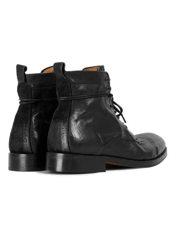 Mens Yew Leather Black Boot Detail