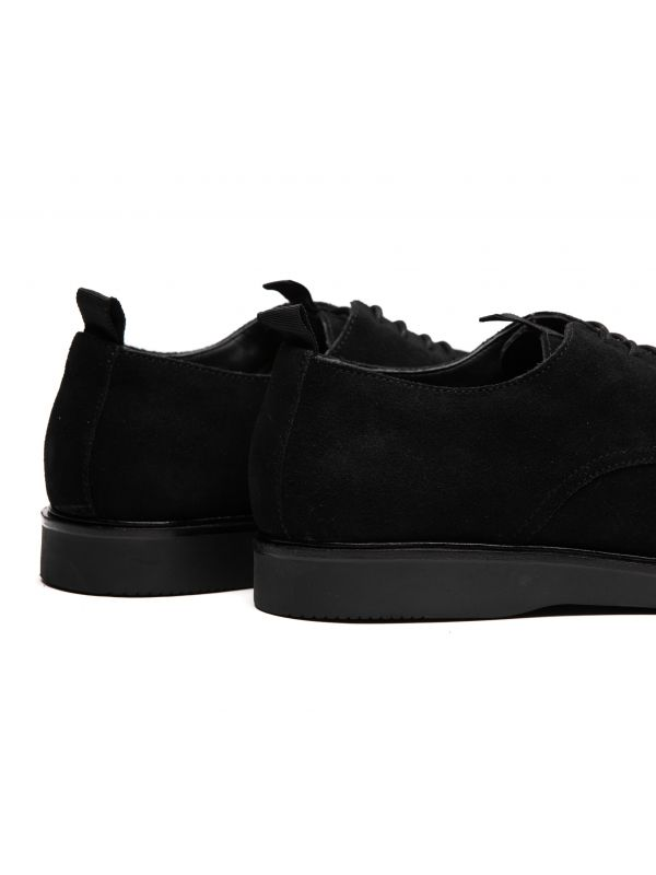 Mens Barnstable Suede Black Shoe Detail