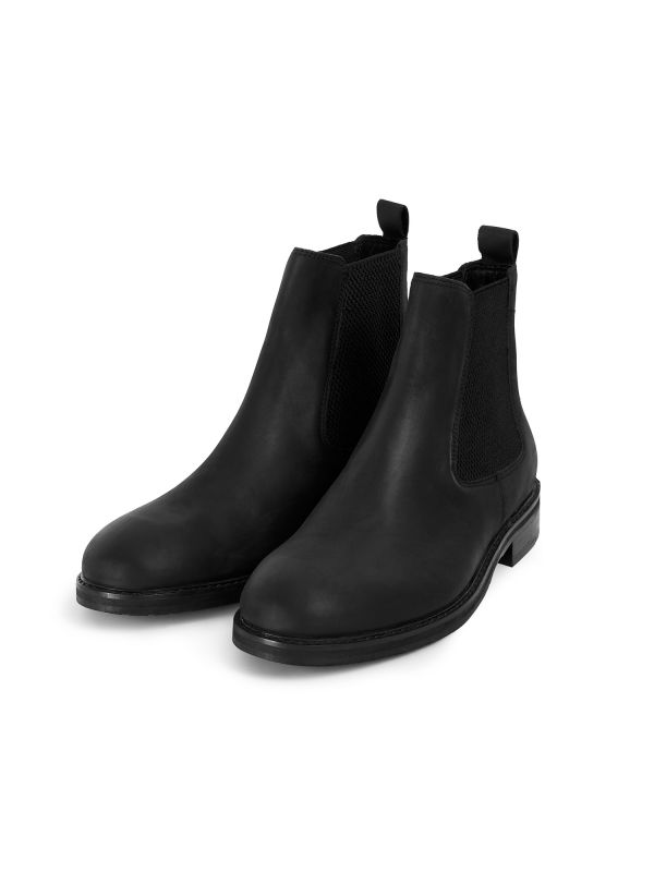 Mens Hewitt Black Chelsea Boot Three Quarter