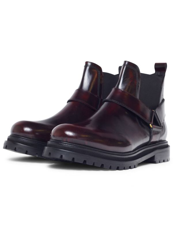 Moss Patent Bordeaux Chelsea Boot three quarter