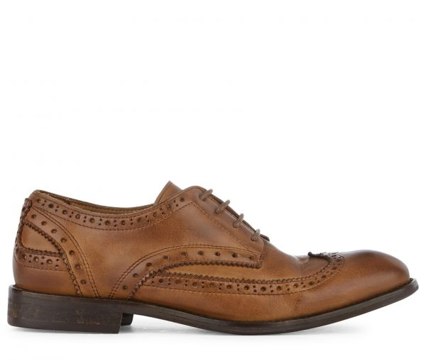 Brogue Shoe Ivory Tan Side View