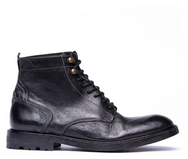 Lark Black Boot
