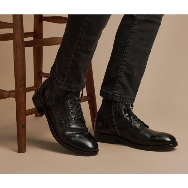 Hudson London Mens Vegetable Tanned Rune Black Boot Still Life