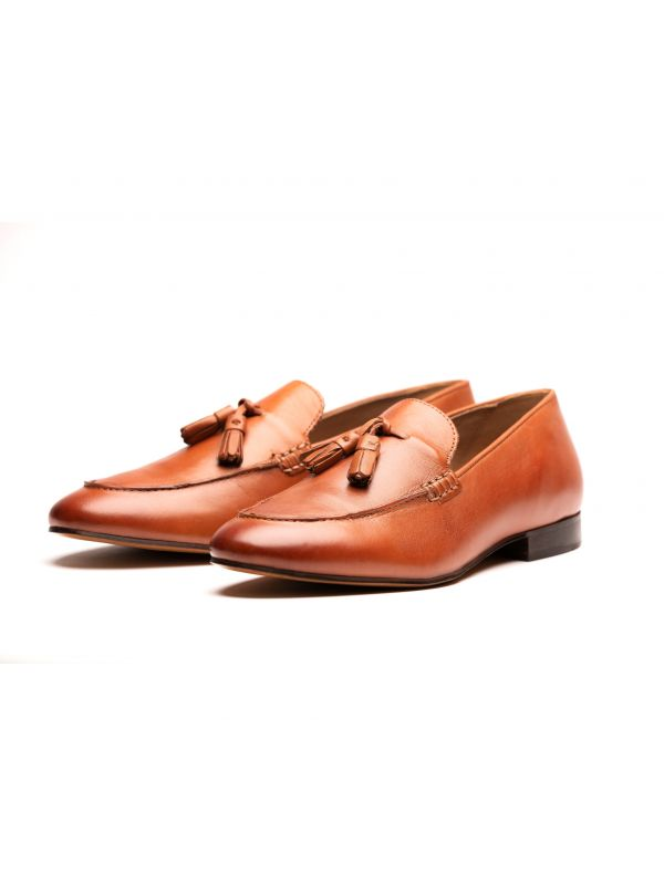 Mens Bolton Tassle Tan Loafer Three Quarter