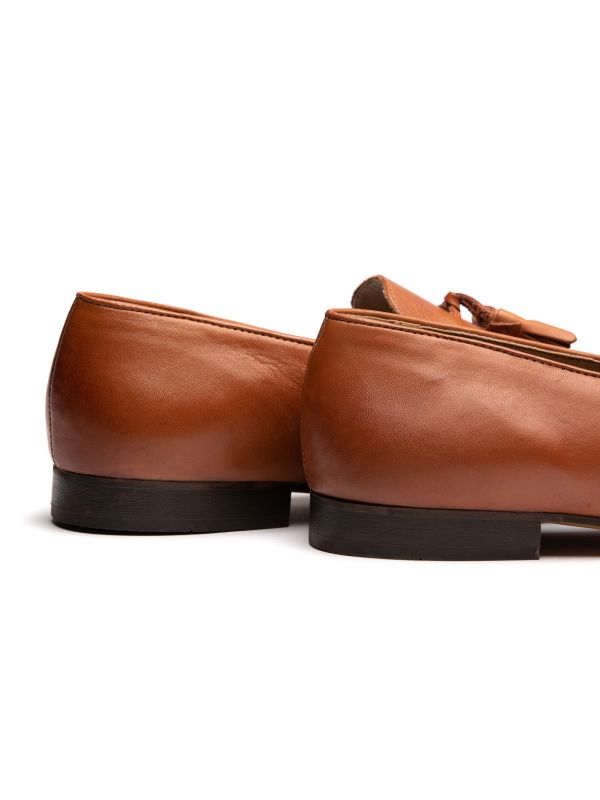 Mens Bolton Tassle Tan Loafer Detail